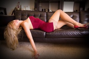 Anne-coralie escort girls