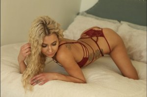 Tissia escort in Niles and nuru massage