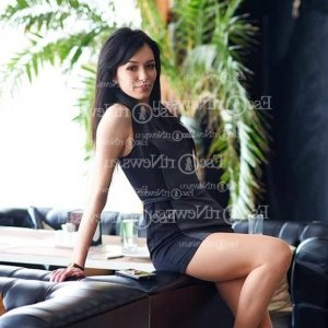 Seliha thai massage in Bedford and escort girls