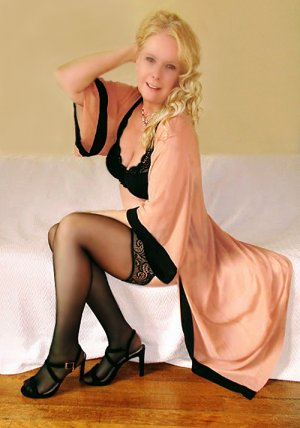 Anne-madeleine escorts in Mill Creek WA & happy ending massage