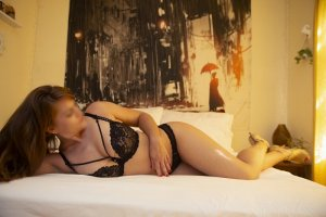 Laurentine escort girl